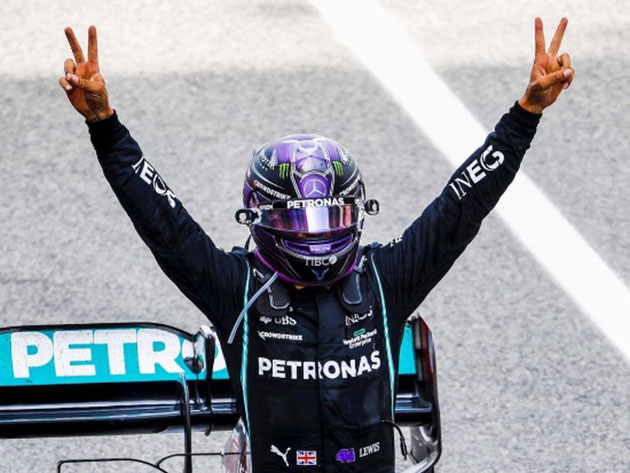"""Lewis Hamilton exalta trabalho da Mercedes: """"A estratégia valeu a pena"""""""