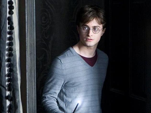 Radcliffe ganhou fama mundial ao estrelar as produções inspiradas nos livros de J.K. Rowling