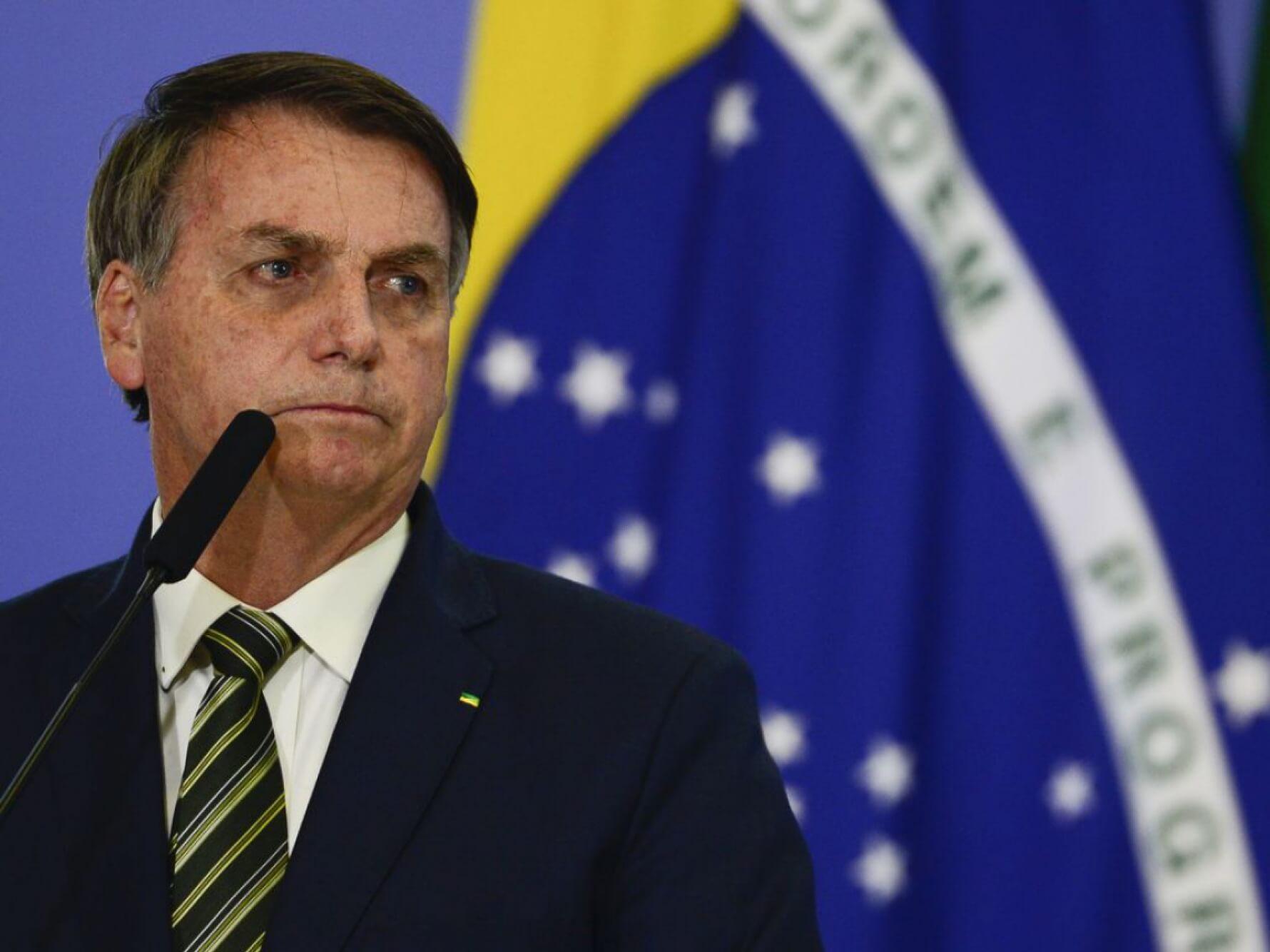 Em reunião do Mercosul, Bolsonaro mente sobre aulas na pandemia