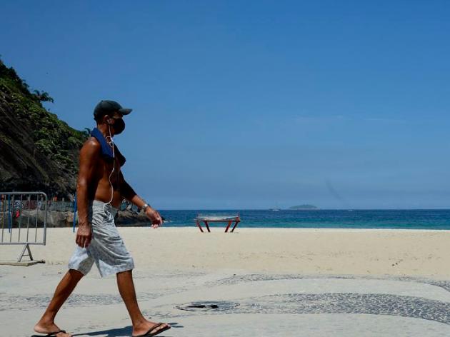 Prefeito do Rio vai dispensar uso de máscaras em áreas abertas, mas liberação depende de aval do Estado