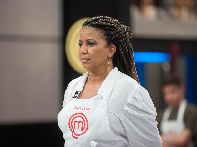 """Cristina é eliminada do MasterChef e deixa desafetos: """"Inimizade de duas pessoas"""""""