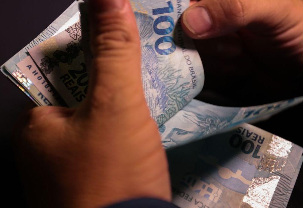 Inflação desacelera, mas pobres sofreram mais com os aumentos em abril, aponta IPEA