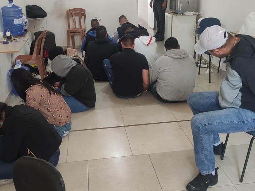 12 pessoas são presas por golpe do falso empréstimo em São Paulo