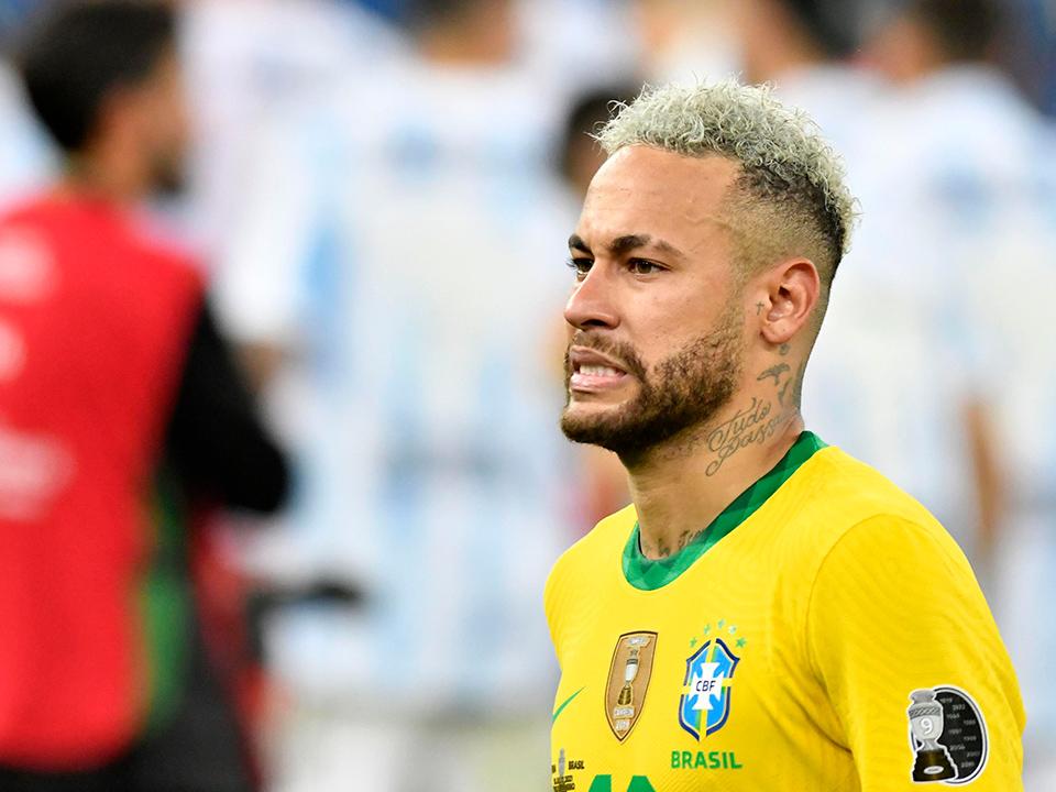 Após derrota da seleção, Neymar teria dado festa com show de Ludmilla