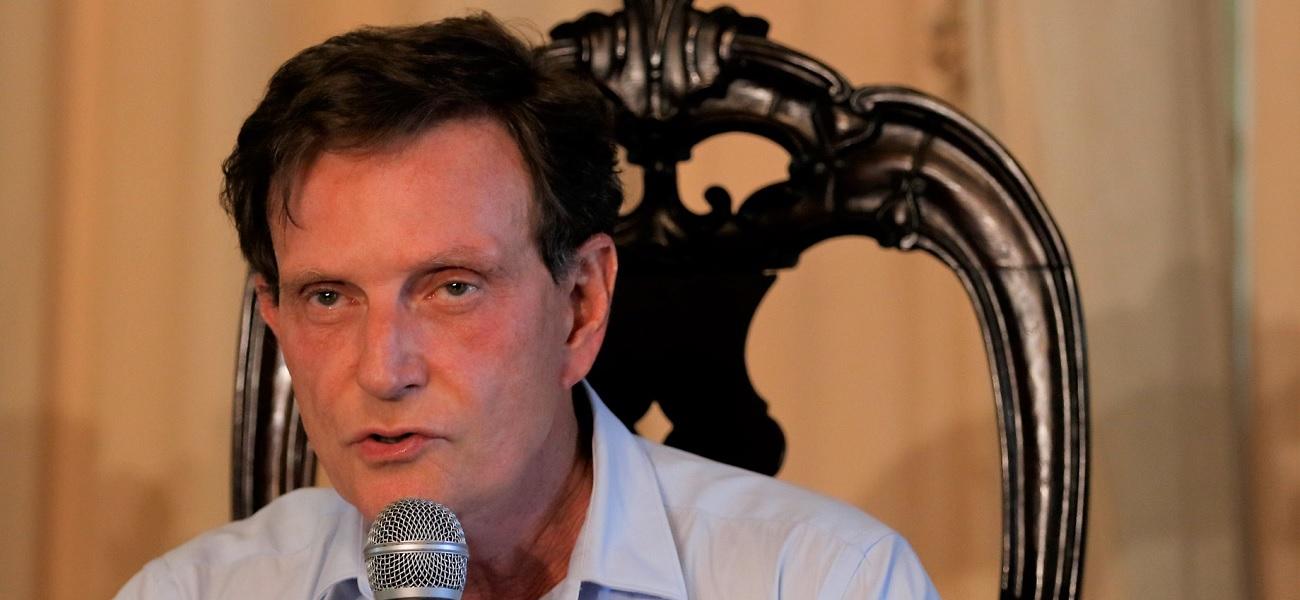 Crivella é condenado pelo TRE por propaganda eleitoral antecipada