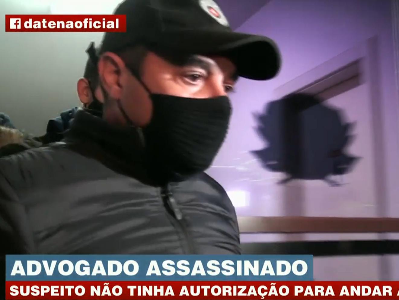 """Homem preso por matar advogado durante briga diz que atirou """"sem querer"""""""